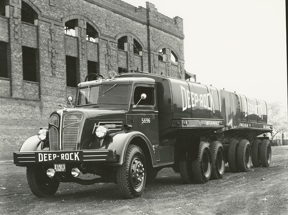 6-bis-1936-vintage-hendrickson-truck-made-for-deep-rock-oil